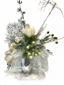 Dreamy White Dried Arrangement